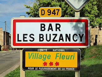 Bar-lès-Buzancy - Entrance to the village