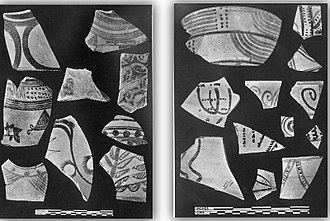 Painted Grey Ware culture - Shards of Painted Grey Ware (right) and Harappan red pottery (left) from Rupnagar, Punjab.