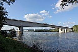 Bendorfer Brücke 02 Koblenz 2014.jpg