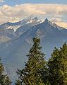 Bergtocht van Homene Dessus naar Vens in Valle d'Aosta. Doorkijkje vanaf het bergpad op omringende bergtoppen 06.jpg