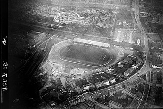 Stamford Bridge (stadium) - Aerial view of Chelsea's Stamford Bridge stadium in 1909