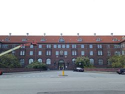Bispebjerg Hospital - main entrance.jpg