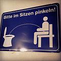 Bitte im Sitzen pinkeln! (7006671539).jpg