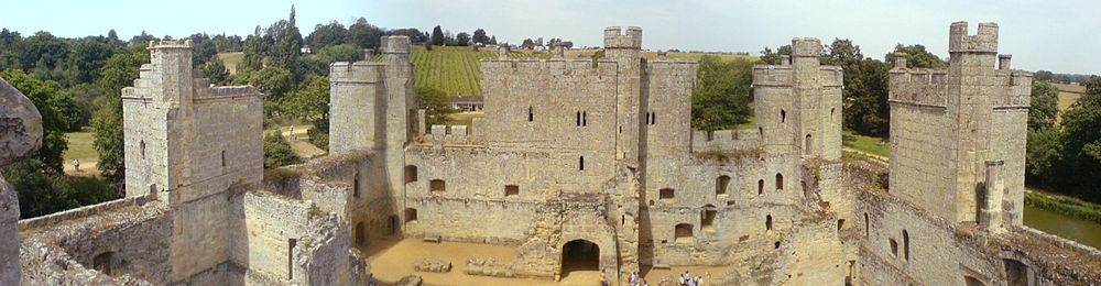Awesome Bodiam Castle Interior From The South Tower. The Rear Of The Gatehouse Is  In The Centre. Awesome Ideas