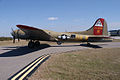 Boeing B-17G-85-DL Flying Fortress Nine-O-Nine Landing Taxi 17 CFatKAM 09Feb2011 (14960927556).jpg