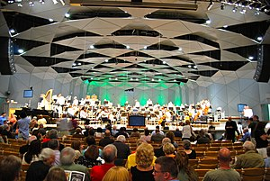 English: The Boston Pops setting up to play