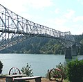 Bridge of the Gods, ColumbiaRiver, Cascade Locks, OR 2006 (6506558049).jpg