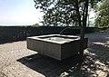 Brunnen auf der Waidterrasse 01.jpg