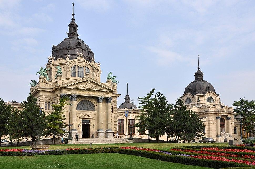 Budapest Széchenyi Baths R02