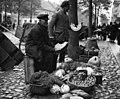 Bundesarchiv B 145 Bild-P017299, Tilsit, Auf dem Markt.jpg