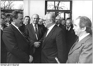 Herbert Mies - Mies (left) receives a delegation from East Germany headed by Horst Sindermann in Bonn, 1986