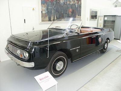 [Image: 400px-Bundeswehrmuseum_Dresden_28.jpg]