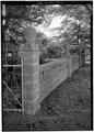CONCRETE FENCE - Vogl House, State Road 277, Harrington, Kent County, DE HABS DEL,1-HAR.V,2-21.tif