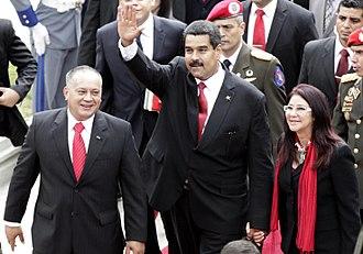 Crisis in Venezuela (2012–present) - Diosdado Cabello beside Nicolás Maduro and his wife, Cilia Flores