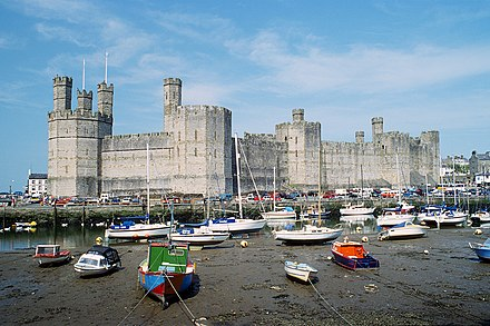 Caernarfon Castle, birthplace of Edward II of England Caernarfon Castle 1994.jpg