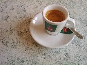 Bica (coffee) - Image: Café Delta