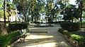 Calle y fuente en los Jardines de Cristina.JPG