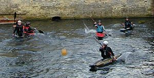 Canoe polo - Practicing on the River Cam