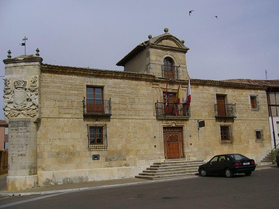 Casa consistorial de Osorno la Mayor