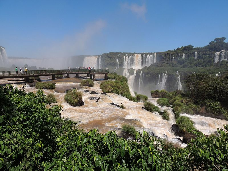 File:Cataratas - Foz do Iguaçu.jpg