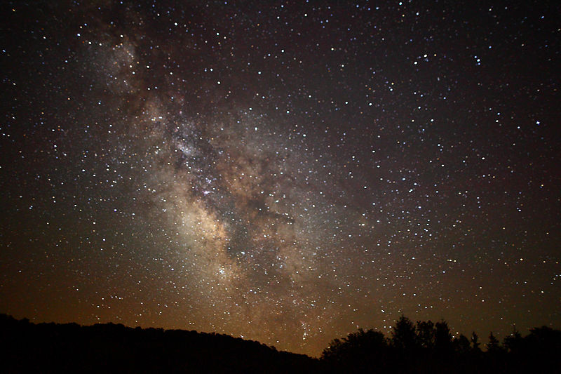 File:Center of the Milky Way Galaxy from the mountains of West Virginia - 4th of July 2010.jpg
