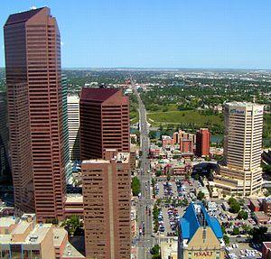 Centre Street (Calgary) - Image: Centre Streey North Calgary