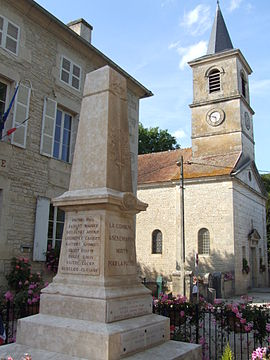 Chamesson monument aux morts.jpg