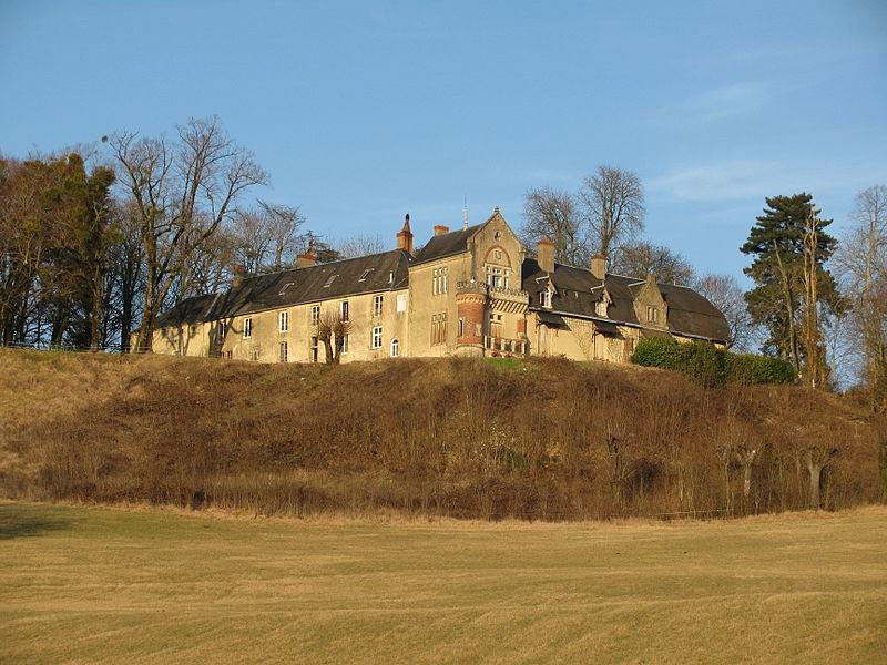 Le château de Mimont, à Parigny-les-Vaux, Nièvre, France