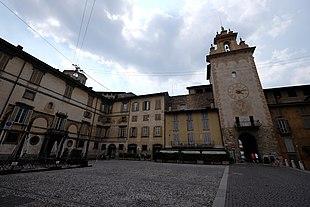 Torre della Campanella - Wikipedia