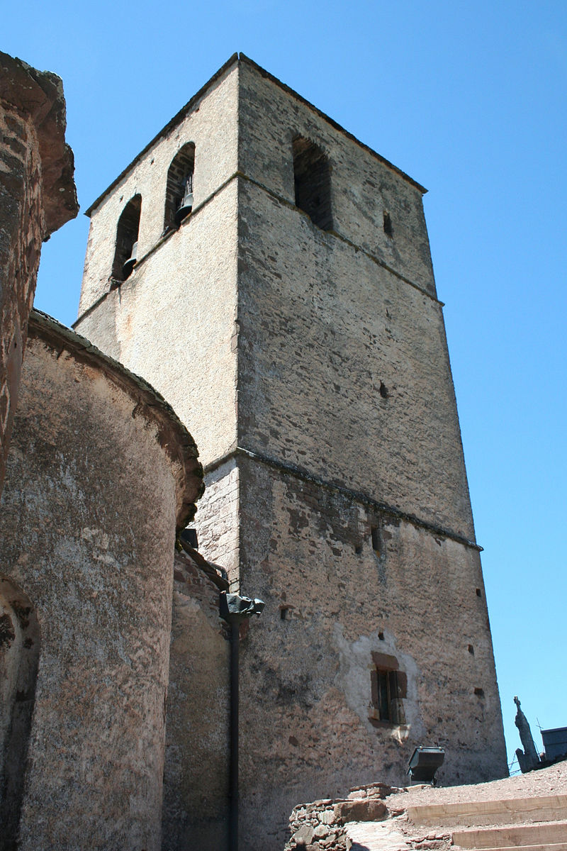 Combret St-Jean-Baptiste clocher.jpg