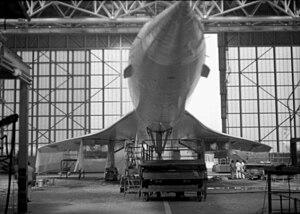 Concorde inside Technical Block A, Heathrow Airport.jpg