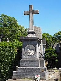 Coudenhove and Coudenhove-Kalergi family grave, Vienna, 2017.jpg