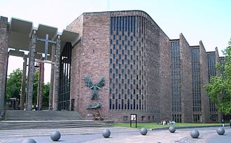 Basil Spence - Coventry Cathedral (1956–1962)