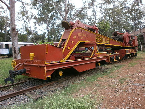 Crane-used-in-Railway