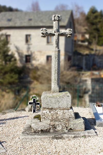 Croix de cimetière de Saint-Juéry: Vue générale