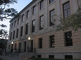Texas A&M University Libraries - Cushing Library