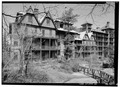 DETAIL VIEW OF SOUTH END OF HOTEL FRAME SECTION - Mohonk Mountain House, Mountain Rest Road, New Paltz, Ulster County, NY HABS NY,56-NEWP.V,4-26.tif