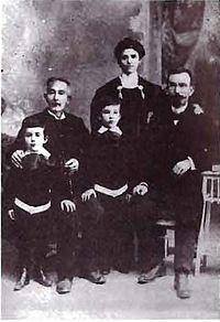 Dalchevs Family 1909 Istanbul - Atanas Dalchev, Atanas Dalchev, Lyubomir Dalchev, Victoria Dimshova, Hristo Dalchev.jpg