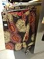 Damenhose mit Batik-Textildruck.jpg