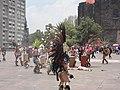 Danzantes en Tlatelolco, Ciudad de México.jpg