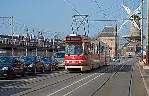 Delft HTM 3037 naar Den Haag Centraal (16402608850).jpg