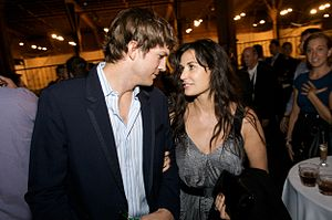 Moore and Kutcher in September 2008