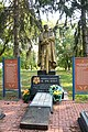 Dmytrivka Village Centre Brothery Grave of WW2 Warriors 02 (YDS 4058).jpg