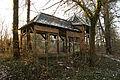 Doberan altes Moorbad Gebäuderest auf dem Gelände.jpg