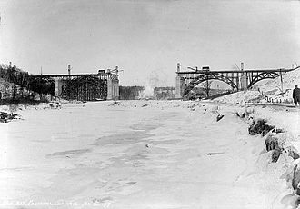 Don River (Ontario) - Construction of the Prince Edward Viaduct over the Don River in January 1917.