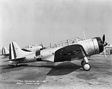 O nascimento do poder dos Porta Aviões 220px-Douglas_SBD-1s_of_VMB-1_1940