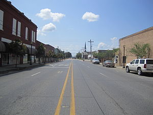 Delhi, Louisiana - Downtown Delhi looking south along La 17