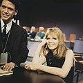 Duitse zangeres Hildegard Knef maakt TV opnamen, Bestanddeelnr 254-8436.jpg