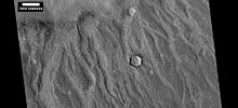 Vue de traces possiblement issues d'un mégatsunami à la surface de Mars par HiRISE.