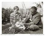 Earhart-w-DukePineapplepeel1935 (9098013704).jpg